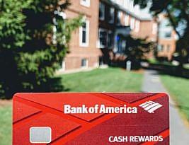 アメリカ留学でBank of Americaの銀行口座とクレジットカードをつくる